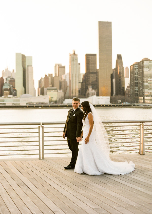 Clic Spring Wedding In Long Island City Nyc Photographer Lindsay Madden Photography